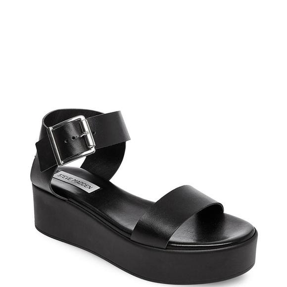 d50fffa92bb 🆕 STEVE MADDEN Platform Sandals NWT